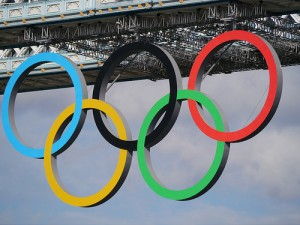 Olympic Rings on Tower Bridge by Jon Curnow from Flickr (Creative Common License)